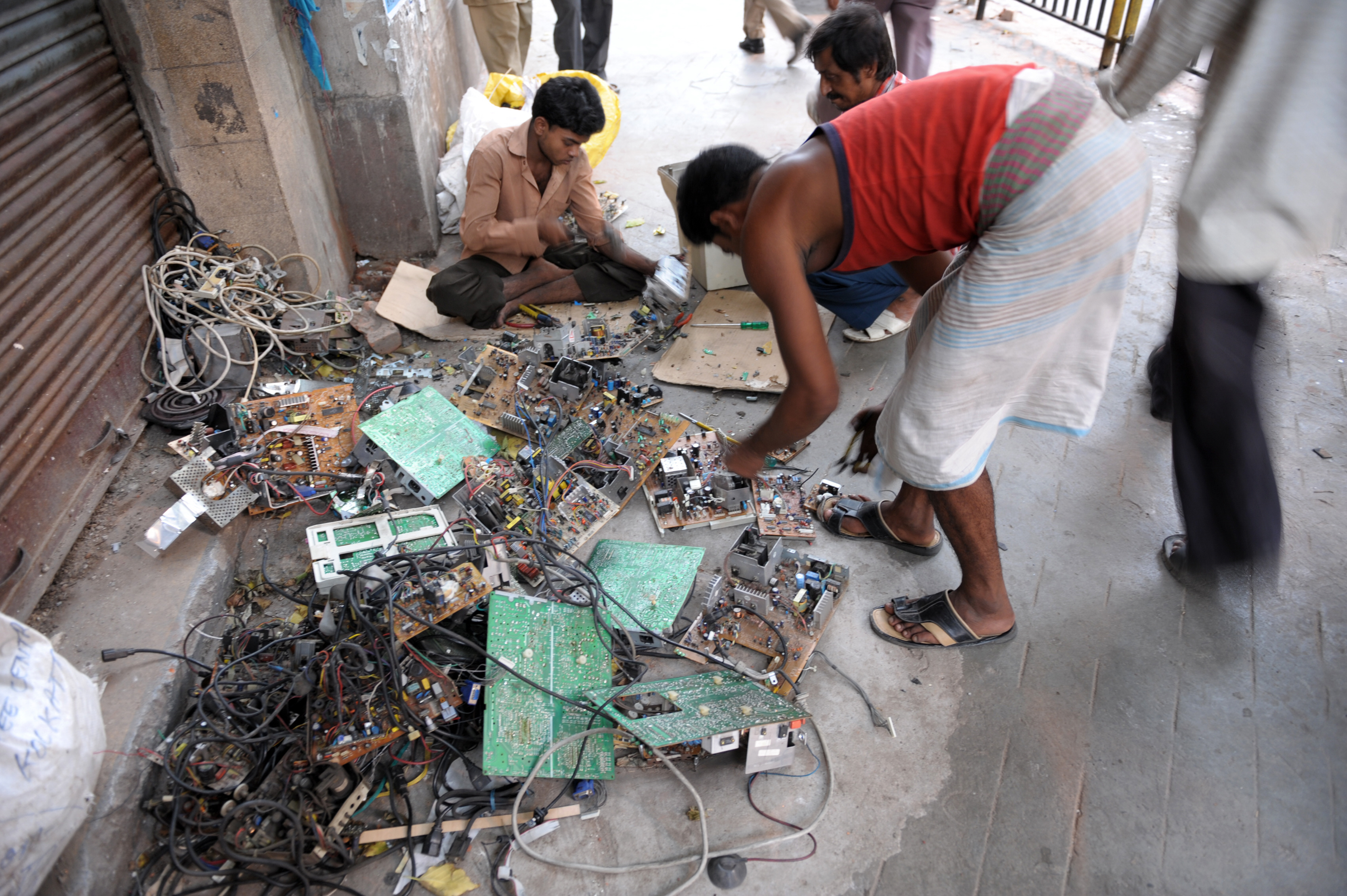 essay on e waste